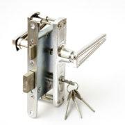 купить Замок дверной врезной цилиндровый ЗВ4-3.01 ЗЕНИТ хром с ручками по хорошим ценам