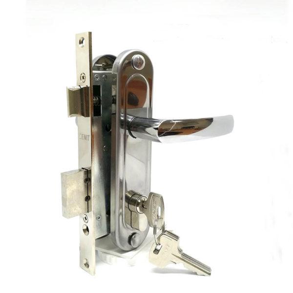 Замок дверной врезной цилиндровый ЗВ7-70.4 ЗЕНИТ хром с ручками и защелкой